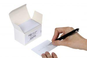 PVC Karten weiss mit Unterschriftenstreifen Unten-0