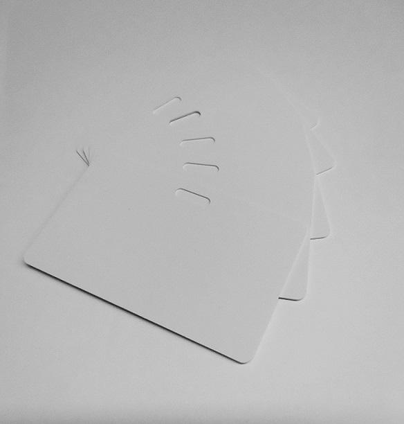 PVC Karten weiss, Querloch QF-0