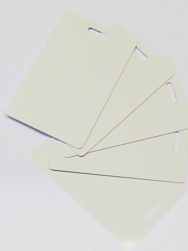 PVC Karten weiss, Querloch HF-0